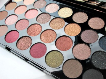 review-makeup-revolution-flawless-ultra-eyeshadows-11